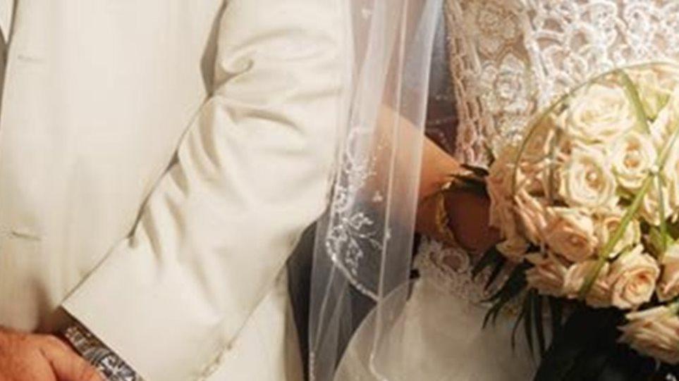Σπείρα έκανε εικονικούς γάμους κι έβρισκε... πατέρα σε εξώγαμα παιδιά!