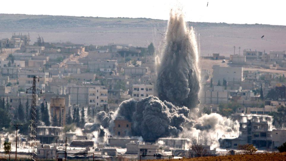 Πεσμεργκά και Σύροι αντάρτες βομβάρδισαν θέσεις των τζιχαντιστών στο Κομπάνι