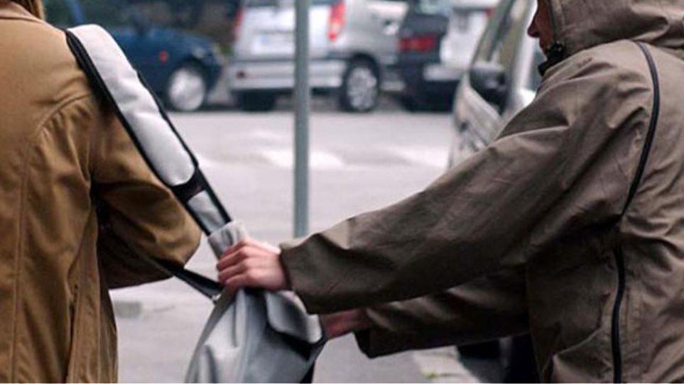 Θεσσαλονίκη: Συνελήφθη ο τσαντάκιας που είχε γίνει φόβος και τρόμος για τις γυναίκες