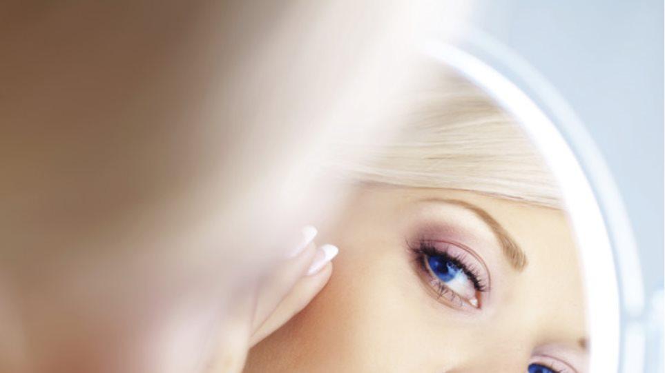 Οι επιστήμονες εξηγούν γιατί η ωραία εμφάνιση οδηγεί σε υψηλότερες απολαβές