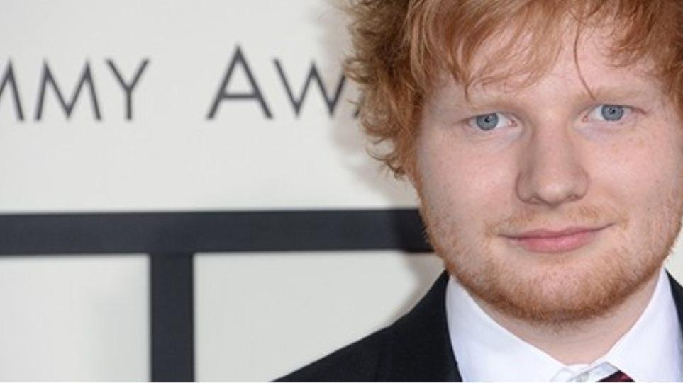Συγκινεί ο Ed Sheeran: Δέχτηκε να «παντρευτεί» φαν του που πάσχει από καρκίνο