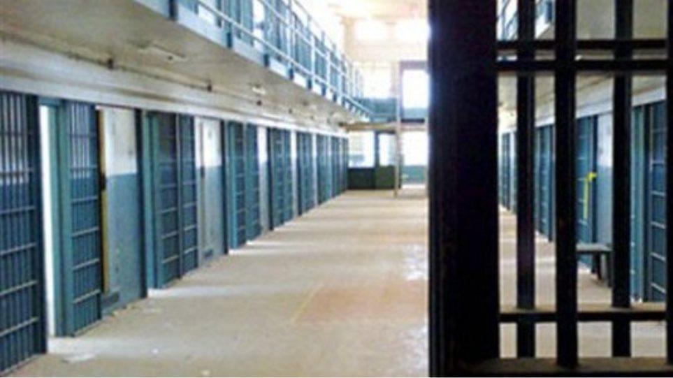 Σέρρες: Στη φυλακή 20χρονη για τη δολοφονία ηλικιωμένου
