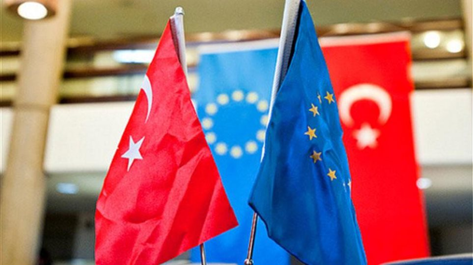 Τουρκία: Ενδέχεται να αναστείλει τη συμφωνία τελωνειακής ένωσης με την ΕΕ