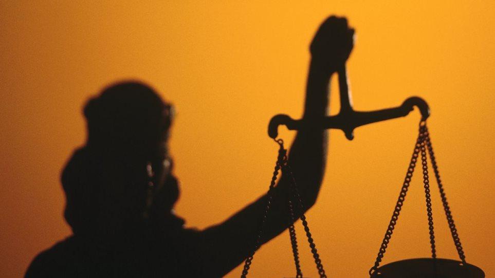 Alpha Bank: Εμπόδιο για την επιχειρηματικότητα οι καθυστερήσεις στην απονομή δικαιοσύνης