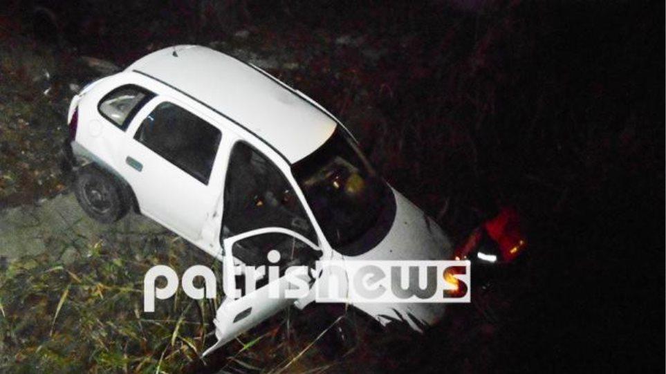 Φωτογραφίες: Αυτοκίνητο συγκρούστηκε με ασθενοφόρο στην εθνική οδό Πατρών-Πύργου