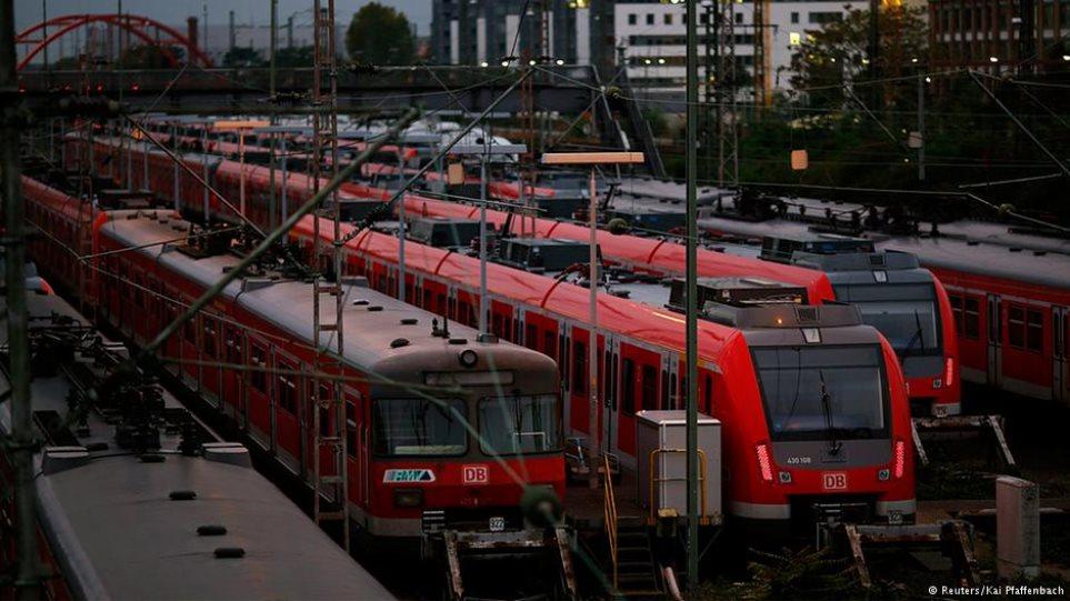 Γερμανία: Απορρίφθηκε η προσφυγή κατά της απεργίας των σιδηροδρομικών