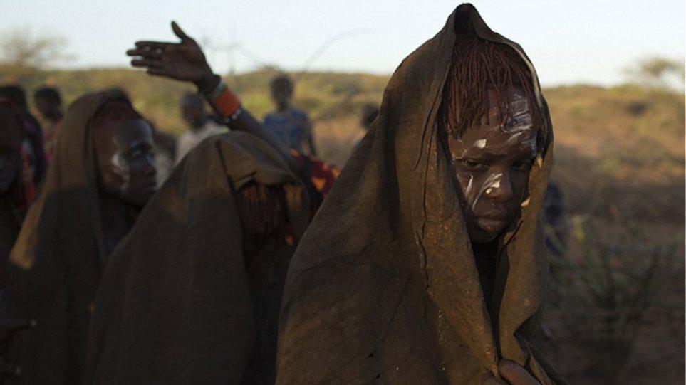 Αφρικανική γυμνό κορίτσια εικόνες