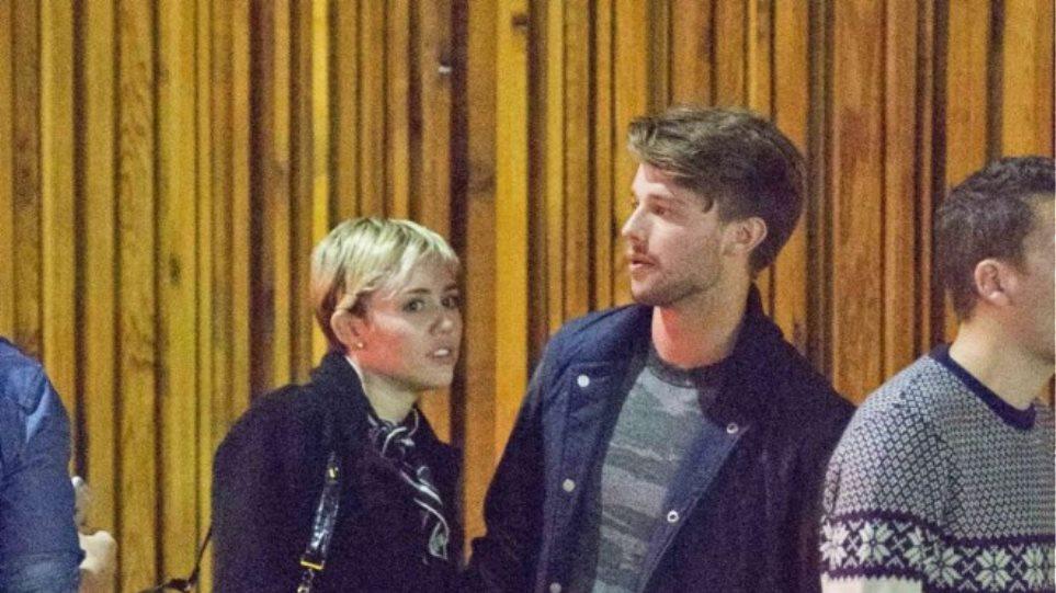 Miley Cyrus-Patrick Schwarzenegger: Είναι μαζί και δεν το κρύβουν