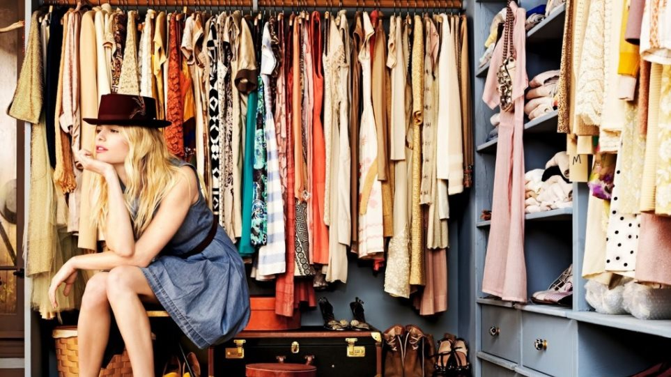 Επτά σημάδια ότι έχεις πάρα πολλά ρούχα