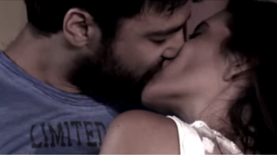 «Καυτά» φιλιά ανταλλάζουν Ανδρέας Γεωργίου - Ελένη Βαΐτσου
