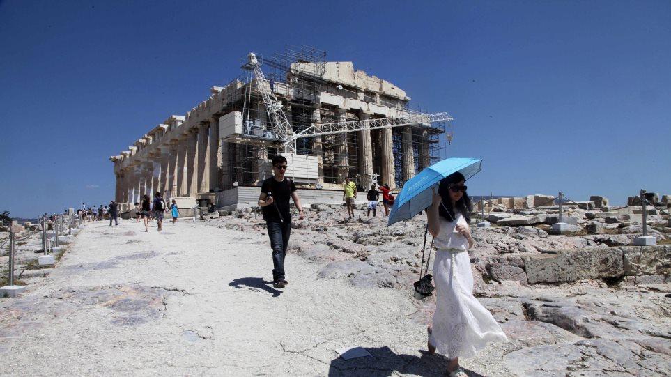 Οι Κινέζοι τώρα ανοίγουν παρτίδες και με τον ελληνικό τουρισμό
