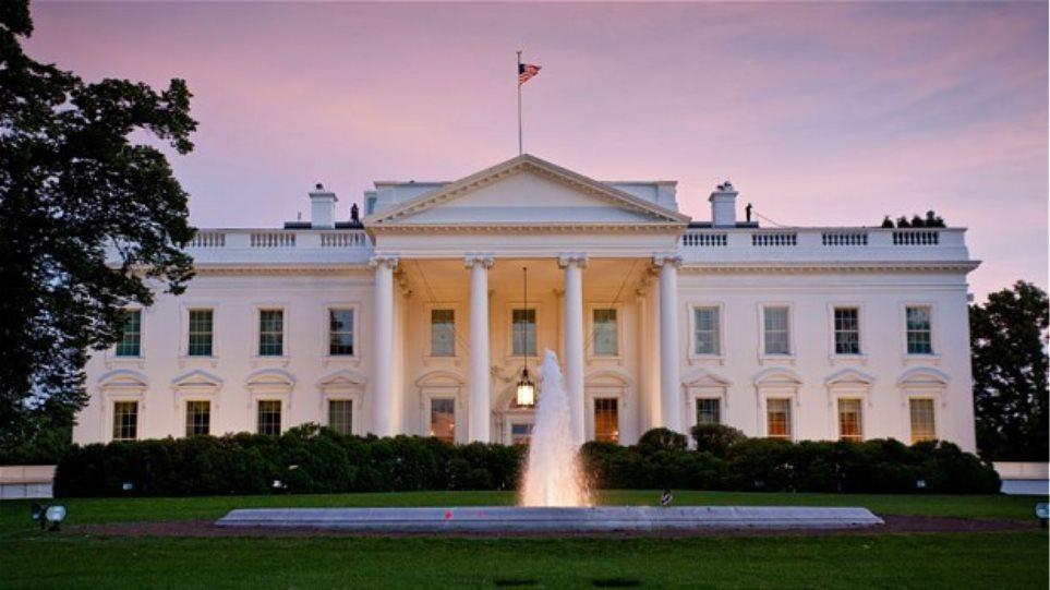 ΗΠΑ: Επιασαν 41χρονο να κάνει βόλτες με τουφέκι κοντά στο Λευκό Οίκο!