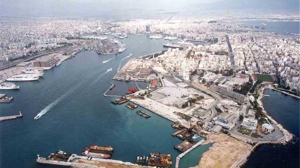Κατά της πώλησης του ΟΛΠ το Περιφερειακό Συμβούλιο Αττικής