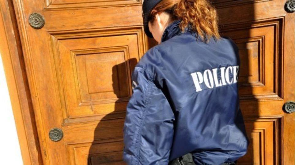 Θεσσαλονίκη: Παρίστανε την αστυνομικό για να κλέψει μια τσάντα