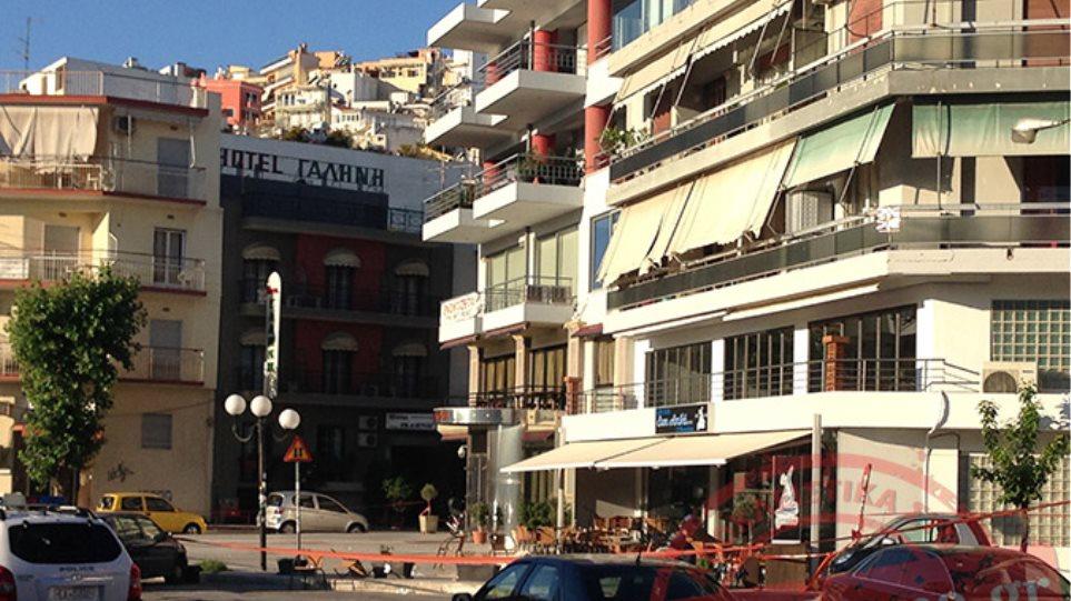Μακελειό σε μπαρ στον Πειραιά με 15 τραυματίες