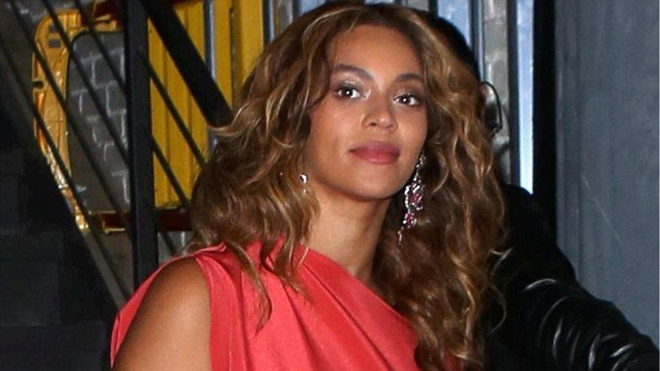 Beyonce: Nυχτοπερπατήματα με τον Jay-Z