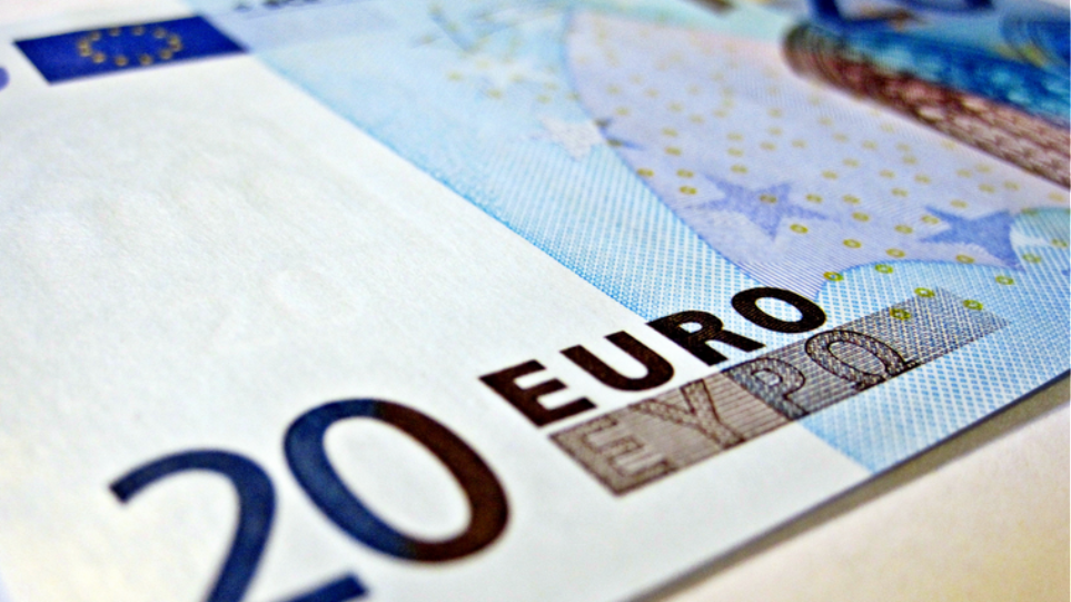 Ημαθία: Ανήλικος ψώνιζε με πλαστά χαρτονομίσματα