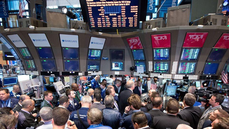 Νέα ιστορικά υψηλά στη Wall Street