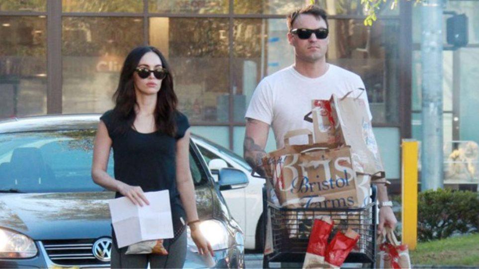 Megan Fox: Ψώνισε με το σύζυγό της για τη Γιορτή των Ευχαριστιών