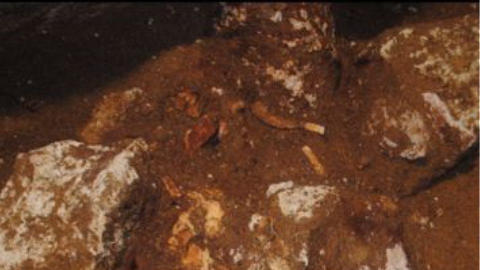 Δείτε νέα φωτογραφία του σκελετού της Αμφίπολης