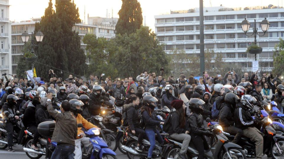 Πορεία αλληλεγγύης στον Νίκο Ρωμανό