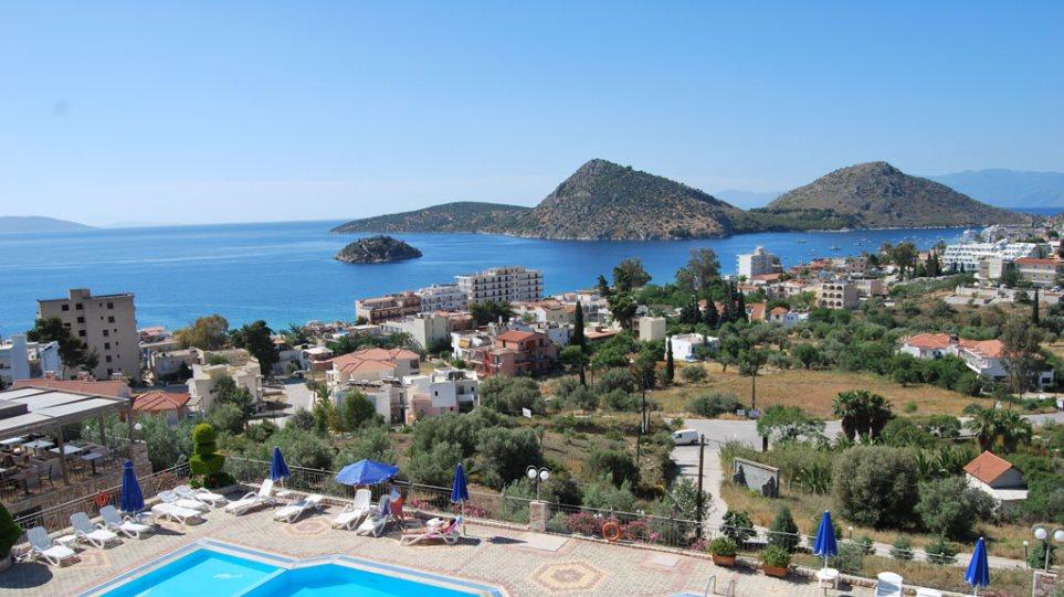 ΣΕΤΕ: Aύξηση του ΦΠΑ στα ξενοδοχεία θα «διώξει» 2,5 εκατ. τουρίστες!