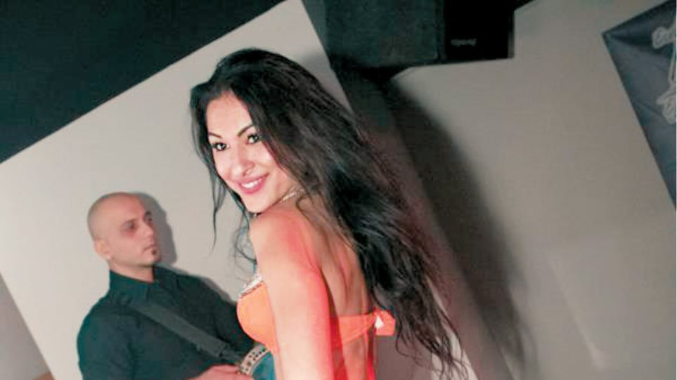 Η χορεύτρια στο στόχαστρο του Αλβανού πιστολέρο