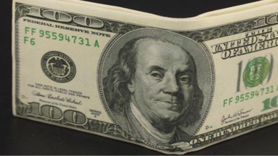Nέο υψηλό επτά ετών έναντι του γιεν για το δολάριο