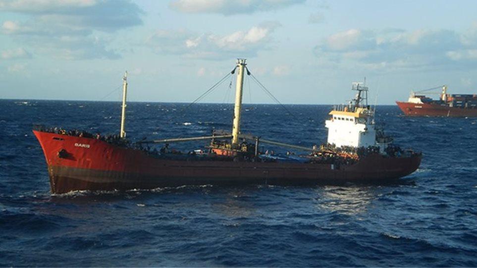Αναχώρησαν από το Ηράκλειο για τον Πειραιά τα 26 ασυνόδευτα παιδιά του πλοίου Baris