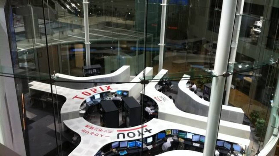 Άνοιγμα με πτωτικές τάσεις στο Χρηματιστήριο του Τόκιο