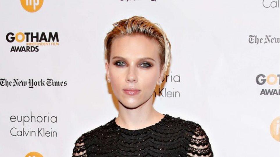 Scarlett Johansson: Πρώτη εμφάνιση μετά την είδηση ότι παντρεύτηκε