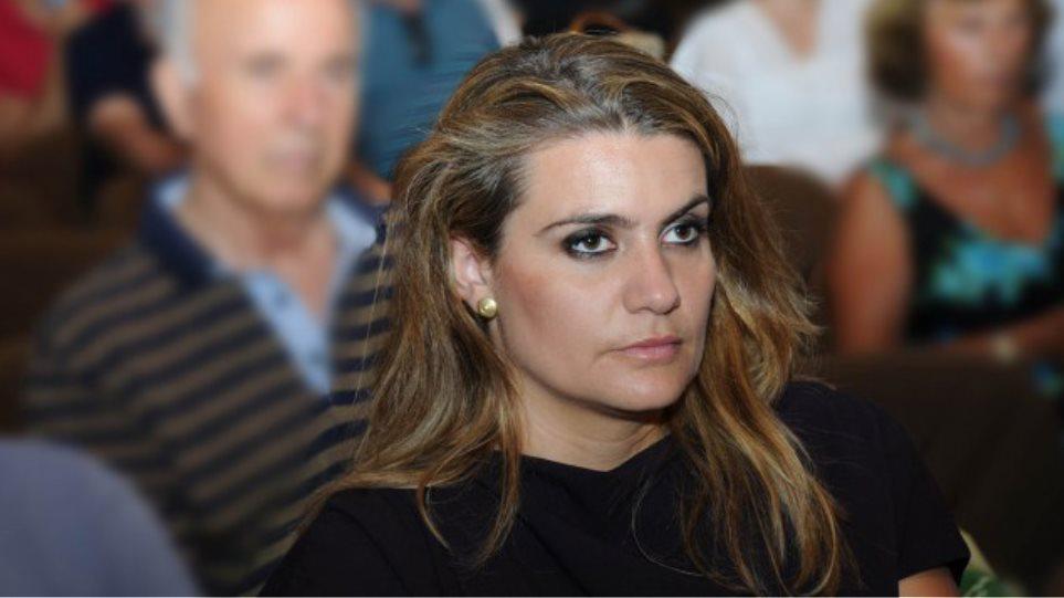 Νίκη Φούντα στο protothema.gr: Δεν ψηφίζω Πρόεδρο της Δημοκρατίας