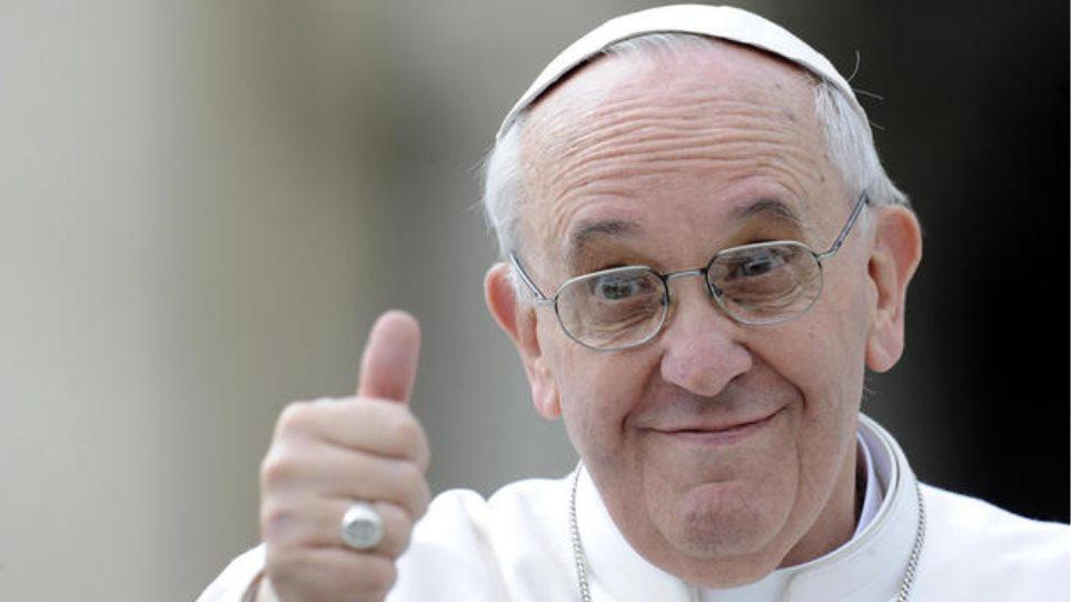 Μέσω Twitter αποχαιρέτησε ο Πάπας το 2014