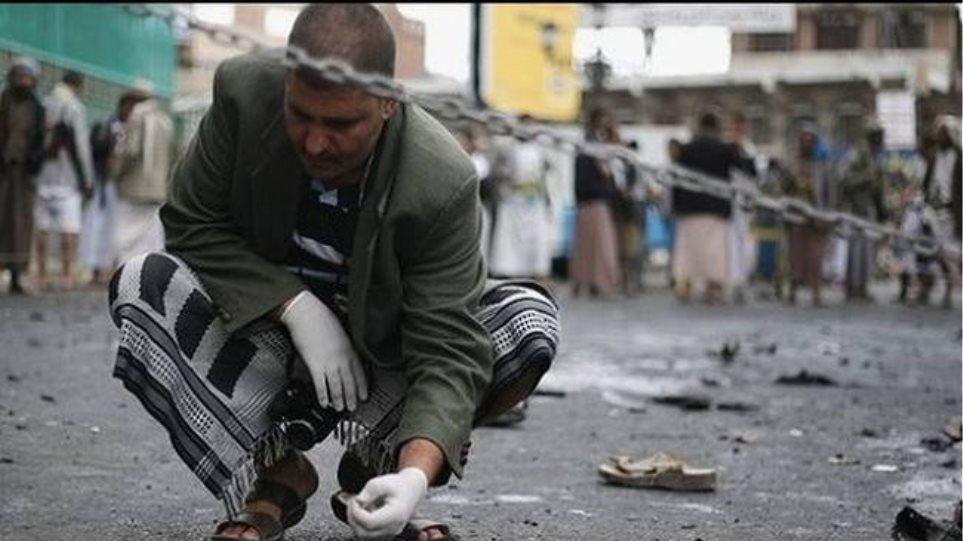 Βομβιστική επίθεση καμικάζι με 33 νεκρούς στην Υεμένη