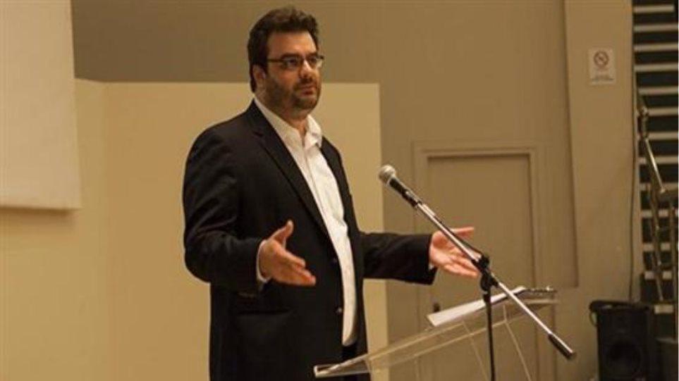 ΠΑΣΟΚ: Εκπρόσωπος αντί της Καϊλή και θέση στο Επικρατείας θέλει ο Κ. Πιερακάκης!