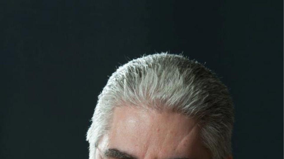 Μέλος της ΚΕ του ΠΑΣΟΚ παραιτήθηκε και συντάσσεται με το κόμμα Παπανδρέου