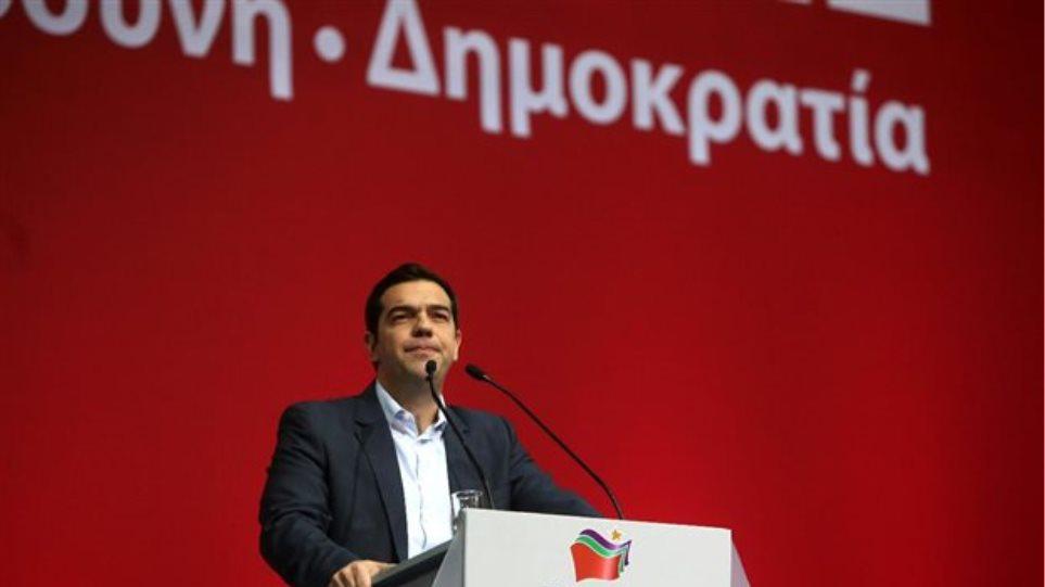 ΣΥΡΙΖΑ: «Συγχώνευση» της κυβέρνησης σε 10 υπουργεία