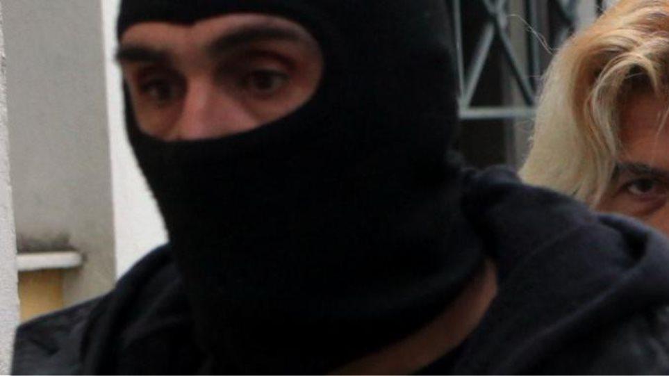 Στον Κορυδαλλό ο Χριστόδουλος Ξηρός - Βρέθηκε νέα γιάφκα του στο Λουτράκι