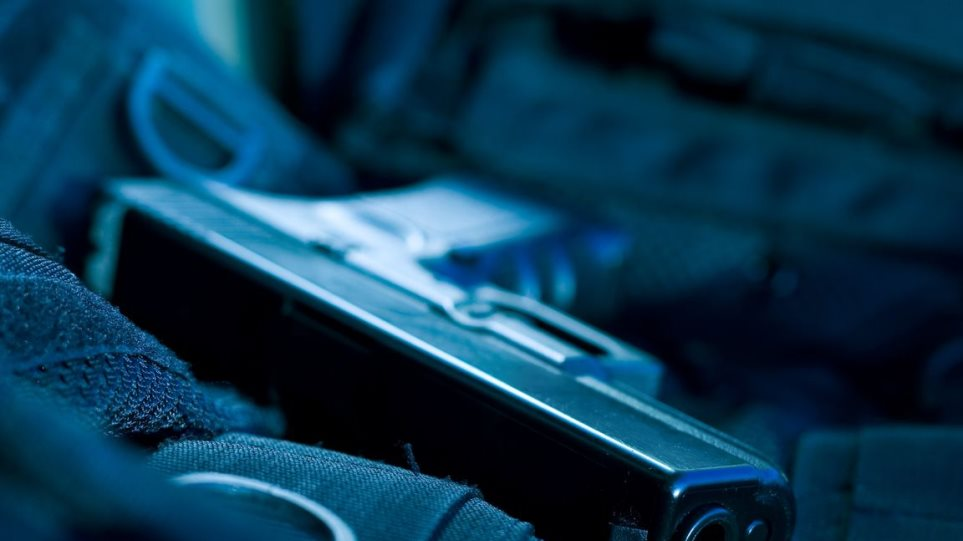 Ρέθυμνο: Νεαρός κυκλοφορούσε οπλισμένος