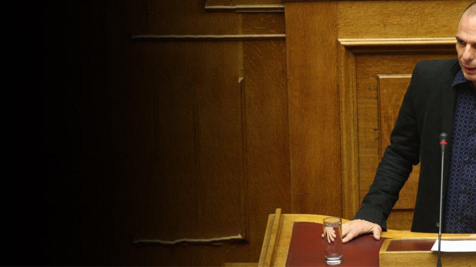 Βαρουφάκης: Δεν θα σκίσουμε το πρόγραμμα, δεν θα ζητήσετε τυφλή εφαρμογή