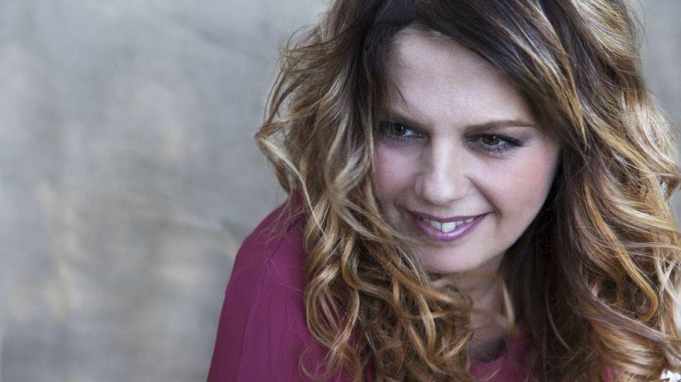 «Τράβα ρε μάγκα» θα τραγουδά η Ελένη Τσαλιγοπούλου στο Γκάζι