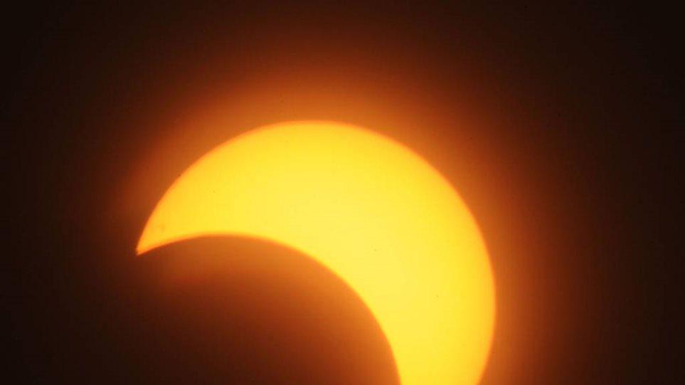 Η έκλειψη Ηλίου της Παρασκευής είναι η αρχή του τέλους του κόσμου, λένε Αμερικανοί πάστορες
