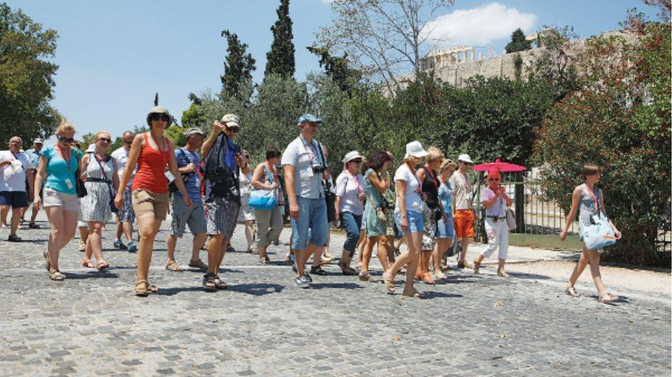 Οι Ιταλοί «ψηφίζουν» Ελλάδα για την περίοδο του Πάσχα
