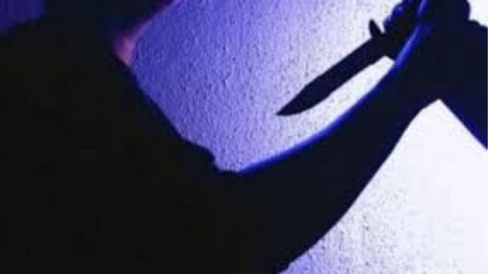Λαμία: Μάνα και γιος μαχαίρωσαν 28χρονο για τα μάτια μιας γυναίκας