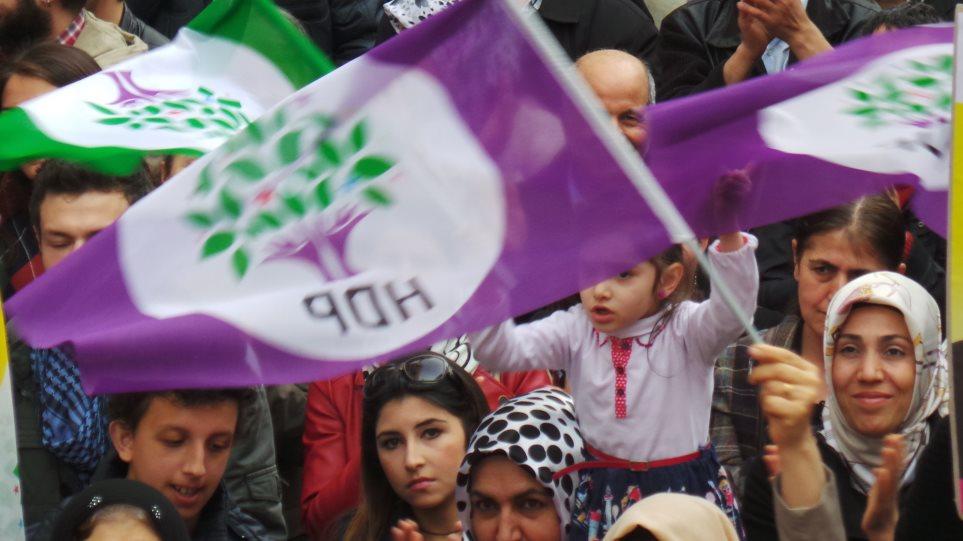 Κουρδικά πορνό