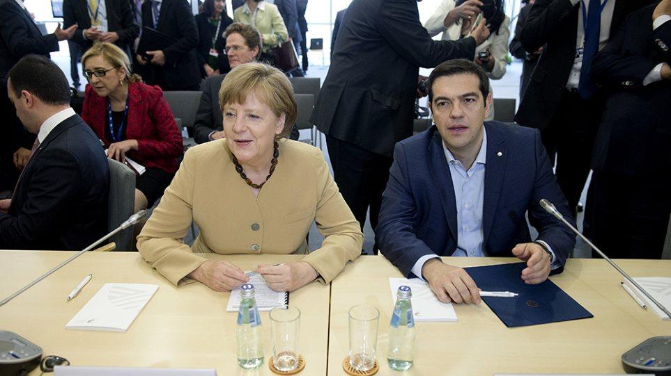 «Στο ΔΝΤ σκαλώνει η λύση», λένε οι Eυρωπαίοι