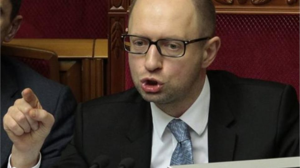 Απειλεί με στάση πληρωμών τους δανειστές η Ουκρανία