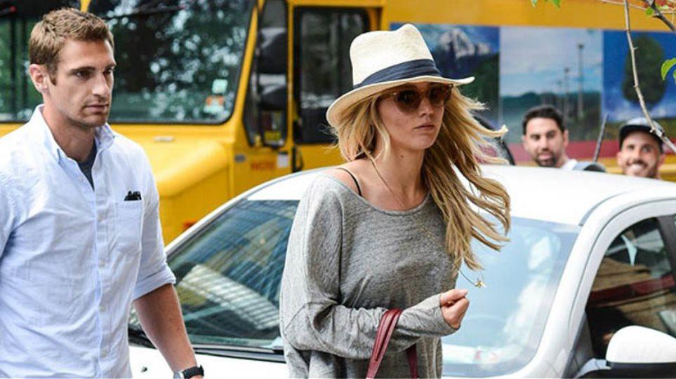 Ο σωματοφύλακας της Jennifer Lawrence, θα χρειαστεί... σωματοφύλακα!