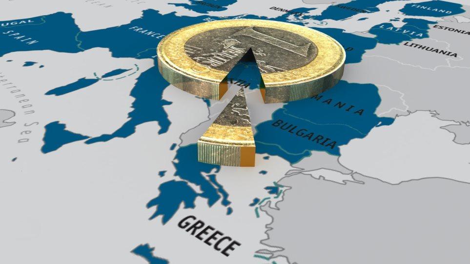 Wolfgang Münchau: «Η Ελλάδα δεν έχει να χάσει τίποτε αν πει όχι στους δανειστές της»