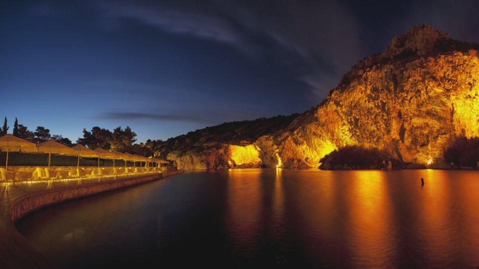 Κανελλίδου, Χατζής, Πλέσσας και Δάκης στην λίμνη Βουλιαγμένης